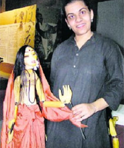 Anurupa Roy, a Puppeteer from Delhi, anand foundation