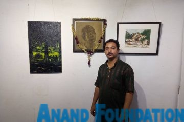 Anindo Kanti Biswas, a Professor of Indian and Western Modern Art at Delhi College of Art, Anand Foundation
